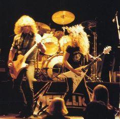 Metallica, James Hetfield Guitar, Foto Beatles, Ron Mcgovney, Thrash Metal, Rare Pictures, Metalhead, Best Shows Ever, Classic Rock