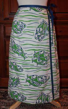 Vintage 70s The Vested Gentress Big Eyed Fish Novelty Wrap Skirt Fits XXS/XS #TheVestedGentress #1970sFashion #70sFashion #1970s #VestedGentress #Aline #WrapSkirt #Vintage #Skirt #VintageFashion #Fish #Unique #Kitsch #Kitschy