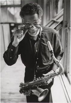 From 1963 to 1968 Joe Henderson appeared on nearly thirty albums for Blue Note. The recordings ranged from relatively conservative hard-bop sessions to more avant-garde explorations. He played a. Jazz Artists, Jazz Musicians, Music Artists, William Claxton, Joe Henderson, Jazz Cat, Hard Bop, Cool Jazz, Smooth Jazz