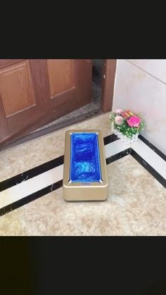 Automatic shoe cover dispenser can keep your floor clean and neat, so you need not clean every day. You can use it at the doorway that is occupied and convenient to use. Get Yours Here: BIBTIC.NET 𝗙𝗥𝗘𝗘 𝗦𝗛𝗜𝗣𝗣𝗜𝗡𝗚 ✈️. Trash Can For Car, Car Trash, Office Floor, Doorway, Home And Living, Cleaning, Free Shipping, Cover, Shoes