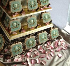 Sweet Ambs cookies at CLAIRE PETTIBONE 2013 Fashion Show     - Photo: janet spiegel