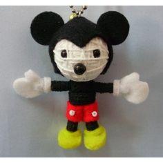 i want one lol Diy Voodoo Doll Keychain, Diy Voodoo Dolls, String Voodoo Dolls, Textiles, Cartoon Games, My Buddy, Diy And Crafts, Mickey Mouse, Crafty