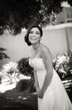 Laughing bride. Photo: www.melissabagley.com