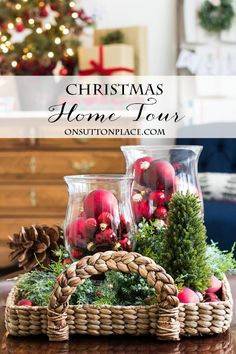 Simple Christmas Decor Ideas | Home Tour | Inspiration for decorating your home for Christmas in a simple and classic way. Festive and budget-friendly.