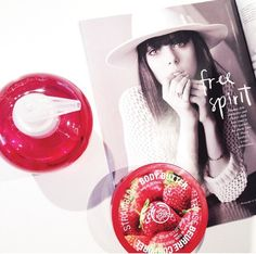the bodyshop strawberry papmering session!