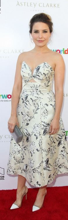 Sophia Bush: Dress – Zimmermann  Purse – Rauwolf  Shoes – Gianvito Rossi  Jewelry – Astley Clarke and Morgan Stanley