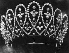 Queen Mary's Diamond Loop Tiara. Mistakenly believed to be wedding gift to…