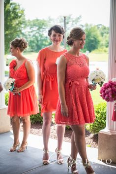 Love the idea of gold shoes with the salmon dresses | Kamike ...
