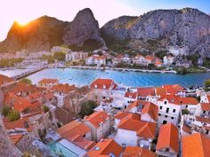 bring you to Omiš Croatia .  Photo by @luka328 . Tag us or use #travelshotba in your images . Follow:  @travelshot.ba @travelshot.eu . . . . . . . . . . #croatiafulloflife #crostagram #lovecroatia #visitcroatia #ig_croatia #hrvatska #instacroatia #croatia_photography #putopis #croatian #igerscroatia #croatiafullofmagic #zagreb #split #osijek #dubrovnik #karlovac #pula #rijeka #sisak #sibenik #croatiangirl #zadar #slavonija #Adventureculture#tourtheplanet #cro #balkan_hdr