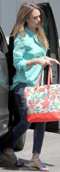 Who made Jessica Alba's blue flat sandals and floral handbag? Shoes – Matt Bernson  Purse – Kate Spade