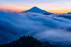 Silent waves at dawn by Hidetoshi Kikuchi on 500px