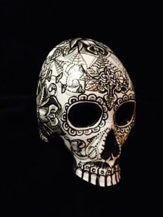 Half-Skull-Man-Sugar-Skull-Mask-Day-Of-The-Dead-Dia-De-Los-Muertos-Tattoo-Art
