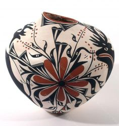 Heart Line Deer Pot - June Pino - New Mexico Creates - Stunning Art Work by New Mexico Artists