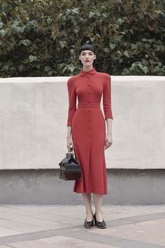 Tailored Collar Midi Dress by Ulyana Sergeenko Demi Couture Modern Fashion, Retro Fashion, Girl Fashion, Vintage Fashion, Paris Fashion, Elegant Outfit, Classy Dress, Classy Outfits, Vintage Inspired Dresses