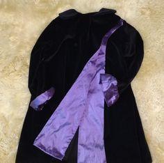 Velvet coat w/ silk trim