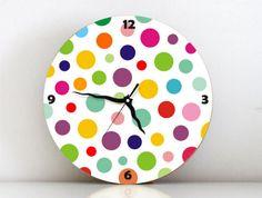 ¡Tus horas más divertidas!: relojes de pared a todo color