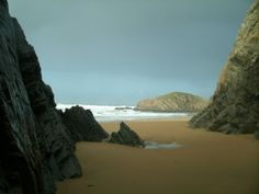 Guided walks in Northwest Donegal with an experienced guide, with knowledge on wildlife, local history, and best walking routes, walking donegal