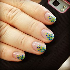 Confetti on natural nails by robasher
