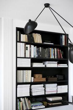 monochome // black // white // built-in bookshelf
