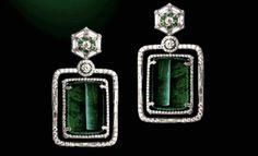 Gemfields Colabora com Narayan Jewelers «Acessórios« Moda «Sans retoques Zambian Emerald, Emerald Diamond, Diamond Earrings, Dog Tag Necklace, Bling, Jewels, Jewellery, Gemstones, Jewel