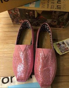 The latest Toms Shoes in Toms Outlet