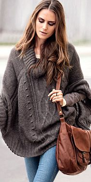 Poncho -Oh knits...makes me feel that autumn is quite alright!