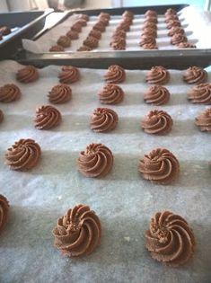 Herkkujen Helmiä: Suklaaruusut Desserts, Food, Tailgate Desserts, Deserts, Essen, Dessert, Yemek, Food Deserts, Meals