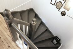 Landlig interiør, bildevegg, gammel, grå malt trapp, gang, country house, interior, foto wall, grey painted stairs, hallway Stairs, Decorating, Country, House, Home Decor, Decor, Stairway, Decoration, Decoration Home