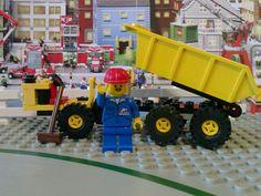 Lego 6535-1: Dumper (1995) Lego Christmas, Vintage Lego, Lego Creations, Lego City, Baby Birthday, Legos, Toys, Activity Toys, Lego