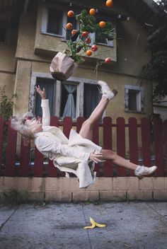 "#Photography Project Captures People Falling, Tripping and Levitating"" #art #inspiration"
