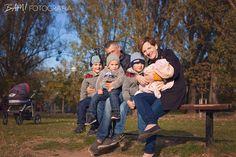 Wojtek, Igor, Sebastian i Gabrysia z rodzicami - sesja rodzinna