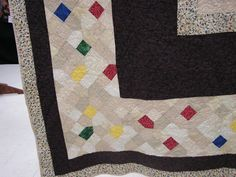 Interesting border idea.  From Charlotte quilt show