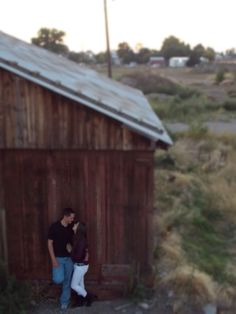 #couple #love #nature #photography #Idaho #barn