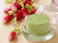 Radis à la crème de fanes Starters, Finger Foods, Entrees, Creme, Panna Cotta, Brunch, Food And Drink, Pudding, Vegetables