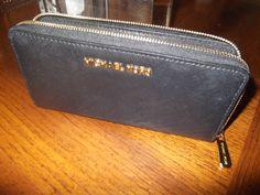 Michael Kors Jet Set Zip Around Continental Wallet Black Saffiano #MichaelKors #Clutch