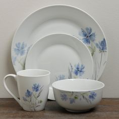 TTU Gallery U0027Wildfloweru0027 16 Piece Round Dinnerware Set By TTU Gallery