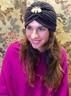 #turbante #Cherubina #turban #abeja #oro #Lourdesmontes