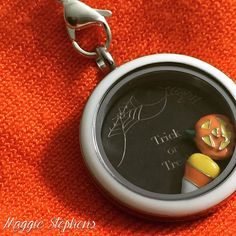 #Halloween charms are here and they are SPOOKTACULAR! #OrigamiOwl www.charmingsusie.origamiowl.com