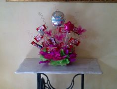 arreglo de globos y chocolates Chocolates, Gift Wrapping, Candy, Gifts, Ideas, Favors, Home, Projects, Gift Wrapping Paper
