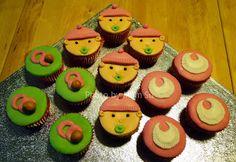 Cupcakes - Chá da Beatriz - Novembro 2011 http://onecakeout.blogspot.pt/2011/12/cupcakes-cha-da-beatriz.html