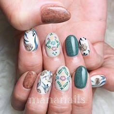 💐🌳🍂 Round Nail Designs, Nail Art Designs, Floral Nail Art, Round Nails, Short Nails, Beauty Nails, Nail Ideas, Makeup, Moon