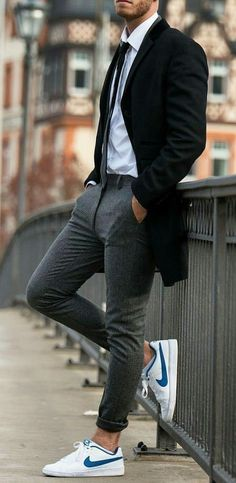 👌 Cool yet Classy Look! Smart Casual Menswear Summer, Men Casual, Stylish Mens Outfits, Business Casual Outfits, Denim Fashion, Look Fashion, Masculine Style, How To Look Classy, Vans