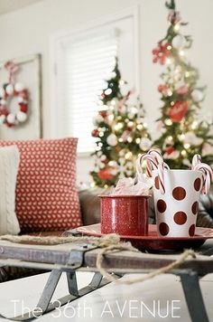 DIY Christmas Decorations  #Livingwikii #DIY #christmas #whitechristmas #christmastree