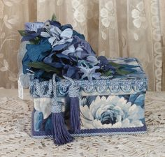 Victorian Hat Boxed Decorated | Blue Victorian Keepsake / Hat Box in Waverly Print - Rectangle Vintage ...
