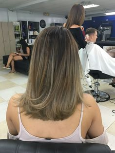 Ideas Ombre Hair Color For Brunettes Medium Length Inspiration Dying Hair Blonde, Red Brunette Hair, Ombre Hair Color For Brunettes, Hair Color Streaks, Blonde Hair With Highlights, Balayage Hair Blonde, Brown Blonde Hair, Dyed Hair, Fall Highlights