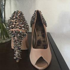 Heels Nude and back diamond and studs. Used 2 times. Make me an offer :) Sam Edelman Shoes Heels