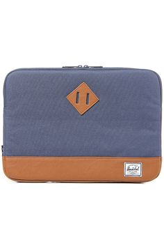 Gift idea: Herschel Supply Co. laptop sleeve