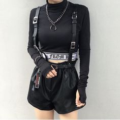 Spy Outfit Idea spy outfit images on favim Spy Outfit. Here is Spy Outfit Idea for you. Spy Outfit the mission an that is jade in the pic spy outfi. Edgy Outfits, Grunge Outfits, Grunge Fashion, Look Fashion, Cool Outfits, Fashion Outfits, Womens Fashion, Fashion Styles, Kleidung Design
