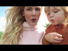 VLOG | Apple Picking With The Family!
