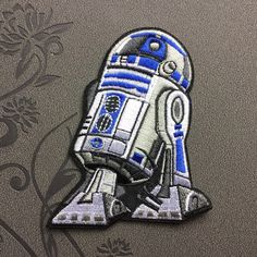 Star Wars R2D2 patches Individuality Hat patches Embroidered Iron-On Patches sew on patches